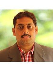Dr Murali Krishna - Dentist at FMS DENTAL HOSPITAL - Kukatpally Branch