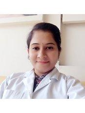Dr MInakshi Rathod Jadhav - Dentist at Fort Dental Hospital
