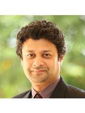 Dr Dushyanth  Paul - Dentist at FMS DENTAL HOSPITAL - Punjagutta Branch