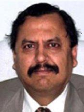 Dr Anil Kumar Mehrotra - Orthodontist at Mehrotra Orthodontic and Dental Center