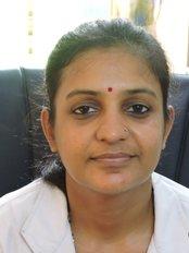 Dr Ruchi Lohia - Dentist at Apurva Dental Care