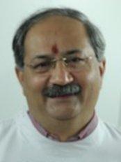Dr.Loombas' Dental Care Clinic - Jopling Road - 18, Jopling Road,, Near Wazir Hasan Road,, Lucknow,  0