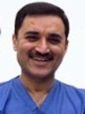 Dr. vivek Saggar's Dental Care & Cure Centre - Staff