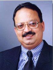 Dr. Mukul Dabholkar's Dental Clinic - 1st Floor. Hill View, Mount View Co-op Hsg. Soc., Opp. to Mehboob Studio/Above DCB Bank, Hill Road, Bandra, Mumbai, Maharashtra, 400 050,  0