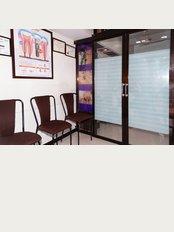 SAROJ DENTAL CLINIC AND IMPLANT CENTRE - waiting area