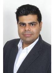 Dr. Gaurav Poplai - Principal Dentist at The Dental Arch