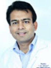 Modi Dental  Prosthodontic Clinic - Dr Manu Modi