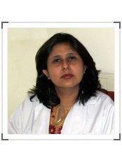 Dr Umang Nayar - Dentist at Innovative Dental Care Centre
