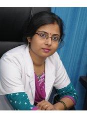 Dr Punita Kumar -  at Oro-Max Dental Care and Implant Centre