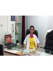 Dr Anajli V. Mugal -  at Divine Multispeciality Dental Clinic and Implant Centre