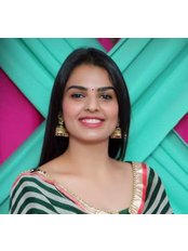 Dr Savleen  Bhatia - Dentist at Thind Dental Clinic