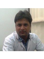 Dr Amit Kumar Agarwal - Dermatologist at Dr Agarwal's Clinic - Dental & Skin Experts