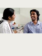 Dr.Smilez Dental Clinic Ashok Nagar - No. 92/2, Sivananda laxmi building, 4th Avenue, Opp HDFC Bank, Ashok Nagar, Chennai, Tamil Nadu, 600083,
