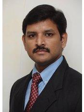 Dr Srinivasan Hanumantha Rao - Oral Surgeon at Sparks Cosmetic & Dental Surgery