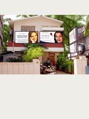 Dr Johns Dental Centre - Pazhaya Road, Medical College P.O., Thiruvananthapuram, Kerala, 695o11,