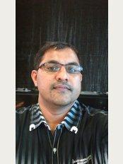 P.R. Dental Specialty Centre - DR. HARI KRISHNAN.R BDS, MDS,PGCOI