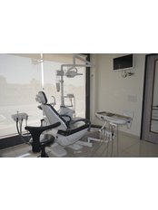 Dr Shah's Dental Square - clinic