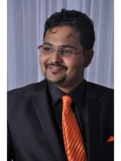 Samip Sheth - Orthodontist at iSmile Dental Care Centre