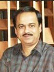 Dr Rajesh Kumar Agrawal - Orthodontist at Kashi Dental Hospital   Orthodentic Research Center