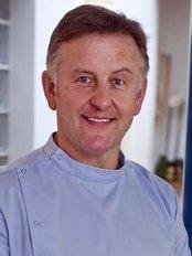 McMahon Dental - Mr Garry McMahon