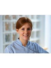 Niamh Murtagh - Dentist at McMahon Dental