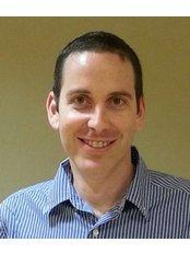 Dr Ohad Shahar - Oral Surgeon at Dr. Michael Etinger