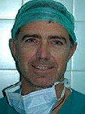 Dr. Alessandro Aversa - Via delle Cinque Giornate 15, Florence, 50129,