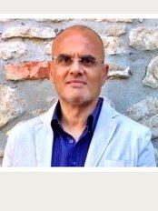 Dottor Nunzio M. Tagliavia - Via Luigi Mainoni d'Intignano, Milano, 20125,