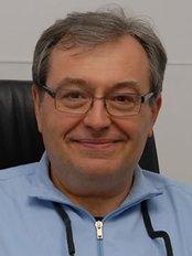 Dr Peretta Redento - Orthodontist at Peretta e A Santacatterina