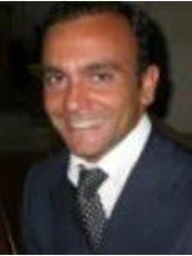 Dott. Mario Chieffo - Piazzale delle provincie 2, Roma,  0