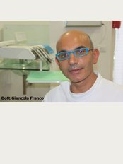 Ceramic Implantology Dental Clinic - Via T.B. Stoppa, 16, Teramo, 64100,