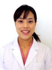 Dr Makiko Miyao - Dentist at Musashi Kosugi Dental Clinic