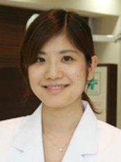 Dr Haruna Fujiwara - Dentist at Fureaino-oka Dental Clinic