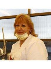 Dr Vineta Kugelberga - Dentist at Zinta