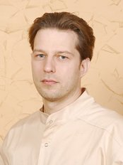 Mr Mindaugas Neverauskas - Oral Surgeon at Processus