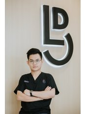 Dr Chow Wei Pin - Dentist at Light Dental Clinic