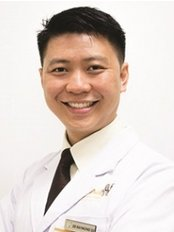 Dr Raymond Su Wei Siong - Dentist at Imperial Dental Specialist Centre