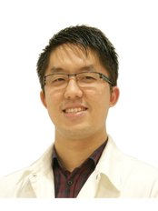 Dr John Tien Choon Chung - Dentist at Kuala Lumpur International Dental Centre