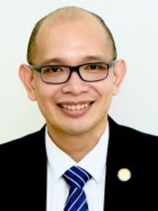 Dr Eason Soo - Consultant at Save A Smile Dental