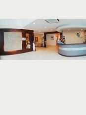 V Care Dental Surgery - Jalan SS21 37 Damansara Utama, Petaling Jaya, Selangor, 47400,