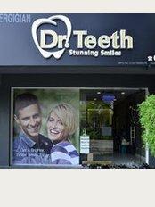 Dr Teeth Dental Clinic - D 02 GF Garden Shoppe One City, Ground Floor, Jalan USJ 25/1A, Subang Jaya, Selangor, 47650,