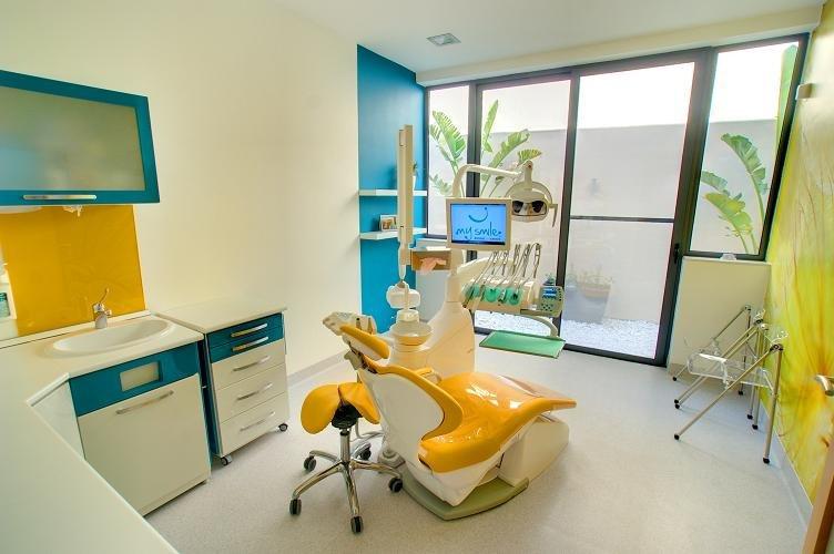Mysmile dental care centre in luqa malta read 8 reviews for Dental clinic interior design concept