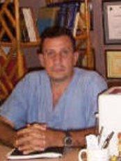 Bucerias Dentist - Dr Adrian Malja