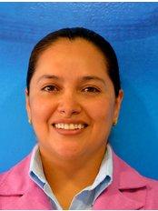 ESTRADA CARMEN - Dentist at Dental Evolution