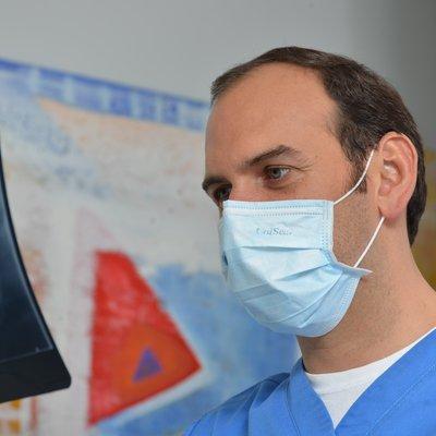 Dr Alfredo Aguero Gallo