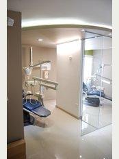 Apple Dental Care - Dental units