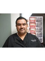 Dr Ricardo Santos - Dentist at Rio Grande Dental Dentist Mexico