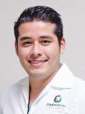 Dr David Ramirez Davila -  at Zona Dental - López Mateos