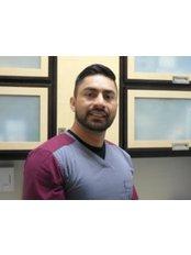 Dr Alex Ramos - Dentist at D.D.S. GUILLERMO  MÁRQUEZ REYES