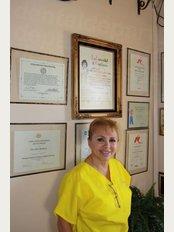 Dr. Silvia Morales-Gaona - Av. B & Fresno 3102, Los Algodones, Baja California, 21970,